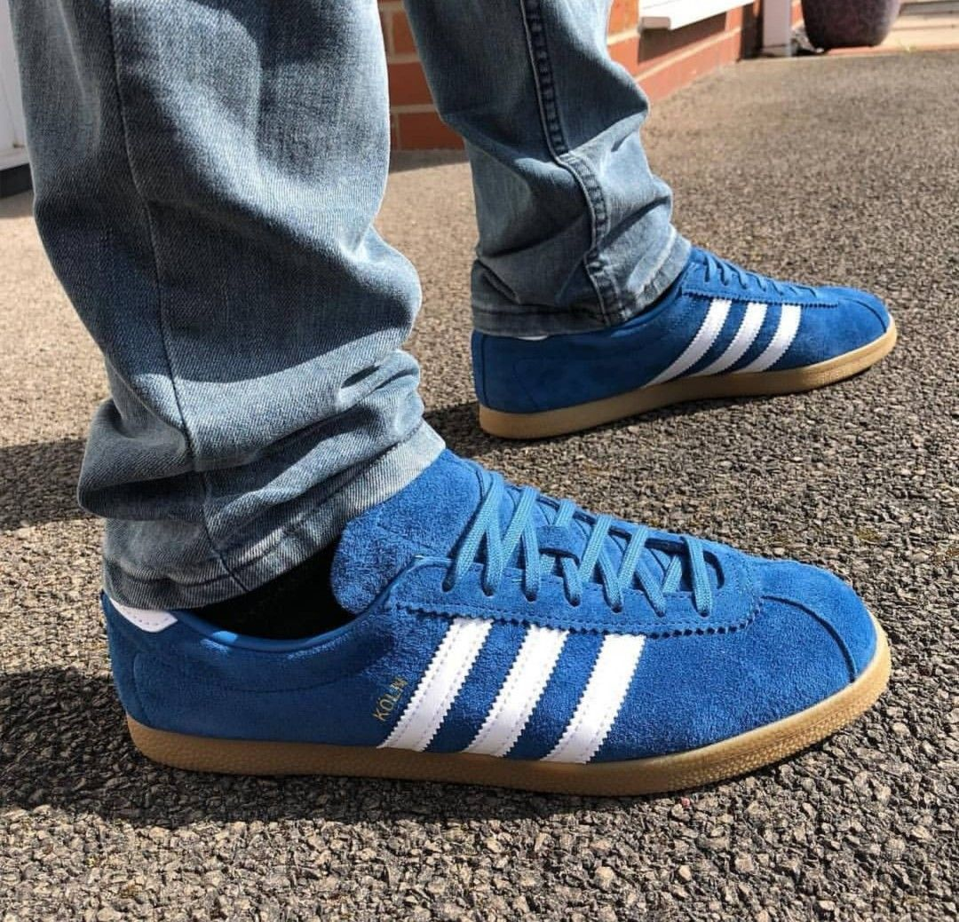 Vintage 1970s ADIDAS ROM Sneakers White Blue by