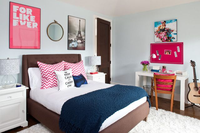 25 Tips for Decorating a Teenager's Bedroom is part of bedroom Teenage Beach - Teenagers are awesome creatures  I mean that  Many bemoan the fact that teenagehood is approaching or is upon them, but when you take a step back and realize what is happening to that teenage person, it's an incredible thing to behold  They're becoming educated, making informed decisions, becoming who they are as individuals, and expressing