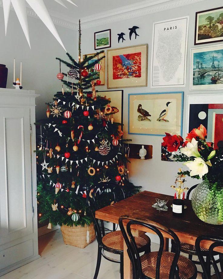 """SEBASTIAN on Instagram: """"This year's Christmas tree has been in for a week ...- SEBASTIAN on Instagram: """"Årets julgran är inne sen en vecka tillbaka haha, v… SEBASTIAN on Instagram: """"This year's Christmas tree has been back for a week haha, why wait for the best !!!"""