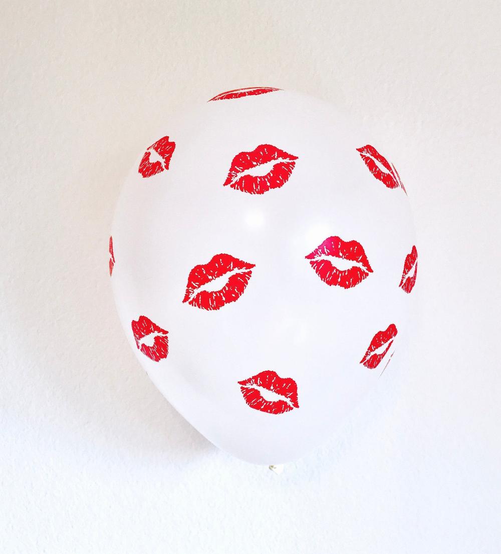 Red Lips Balloons, Kissy Lip Balloon, Lips Balloons, Valentine Balloons, Kiss Balloon, Red Lips Theme,Lips Decor,Make Up Party, Kiss Balloon