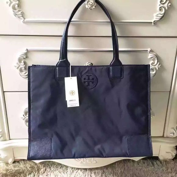 0c8a46fc3e4a Tory burch Ella packable tote Holds a full day s essentials