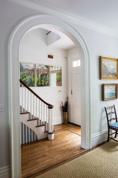 Inviting Entryway: Your Home's First Impression - Town & Country Living