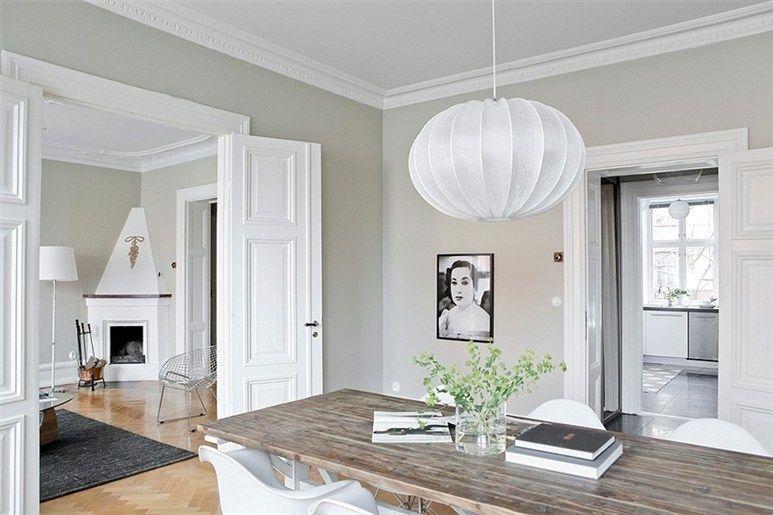 Mezclando estilo r stico y moderno para conseguir un aire - Molduras para techos interiores ...