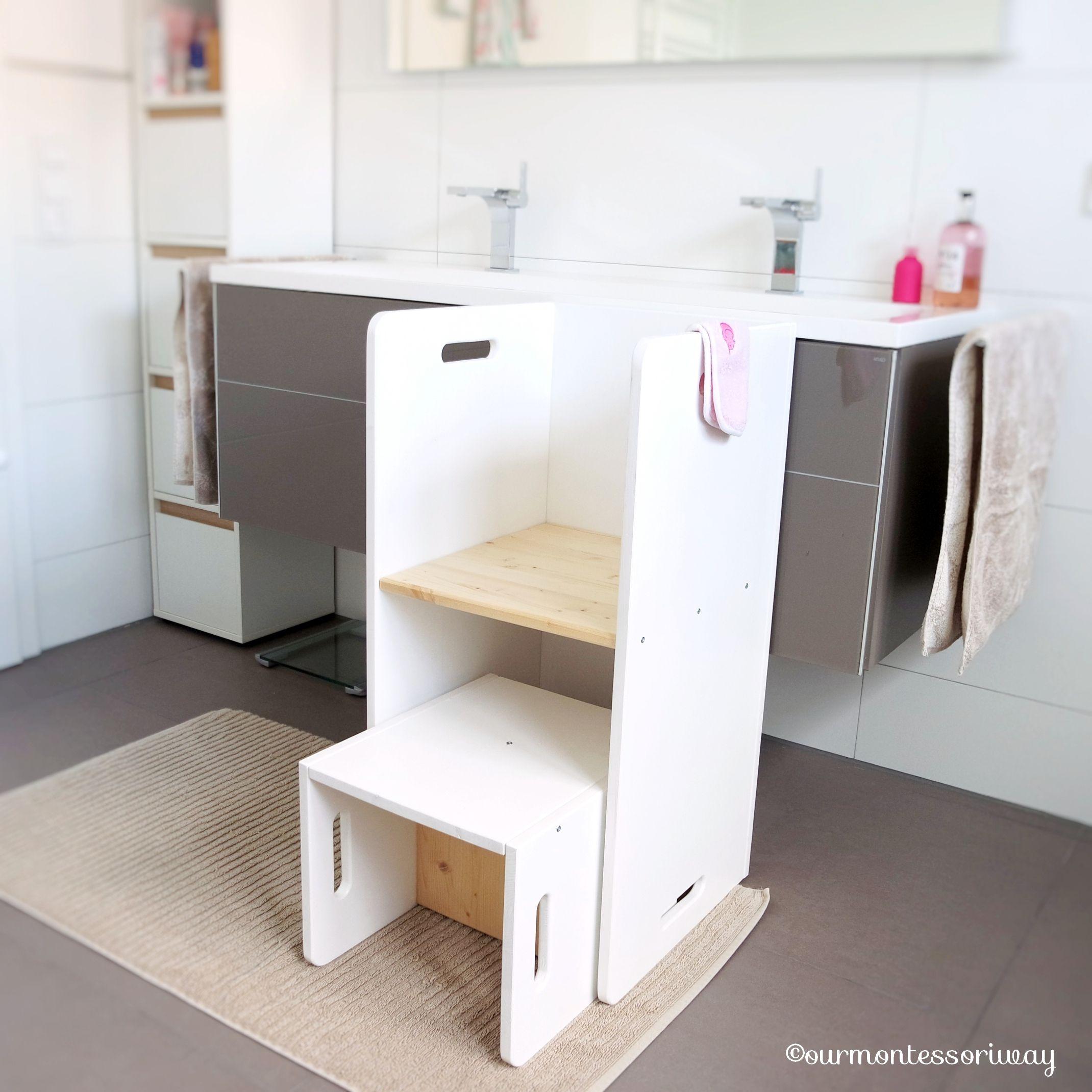 Cosimas Bereich Im Badezimmer Im Alter Von 11 Bis 17 Monaten Ourmontessoriway Badezimmer Zimmer Zuhause