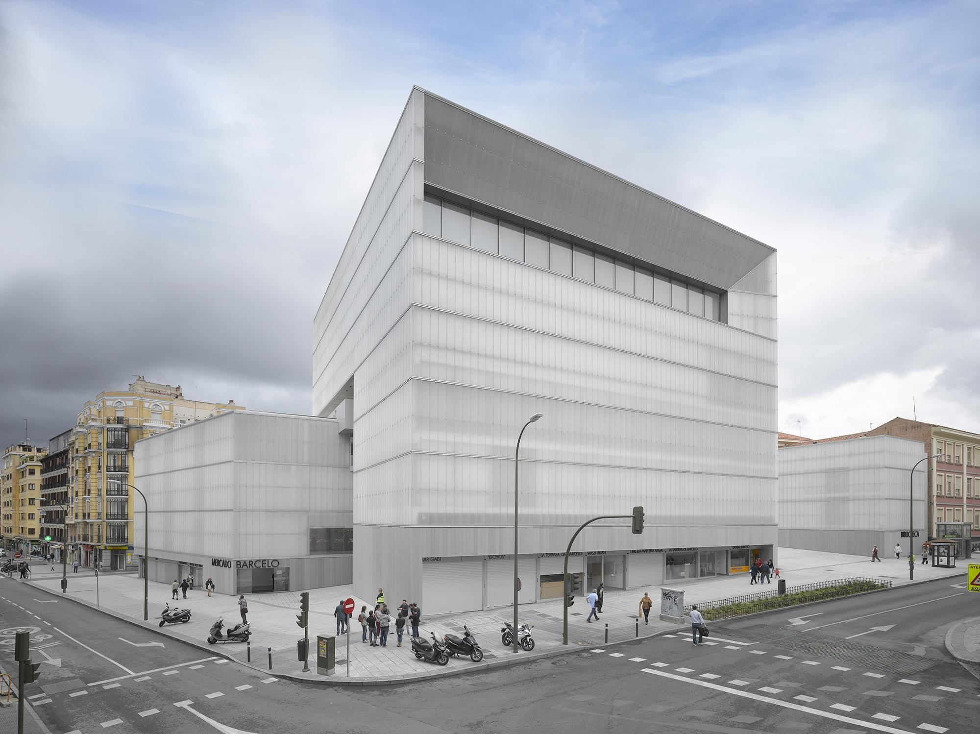 Mercado Polideportivo Y Biblioteca Barceló Madrid 2014 B