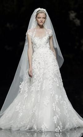 Elie Saab Monceau 4 Buy This Dress For A Fraction Of The Salon Price On PreOwnedWeddingDresses