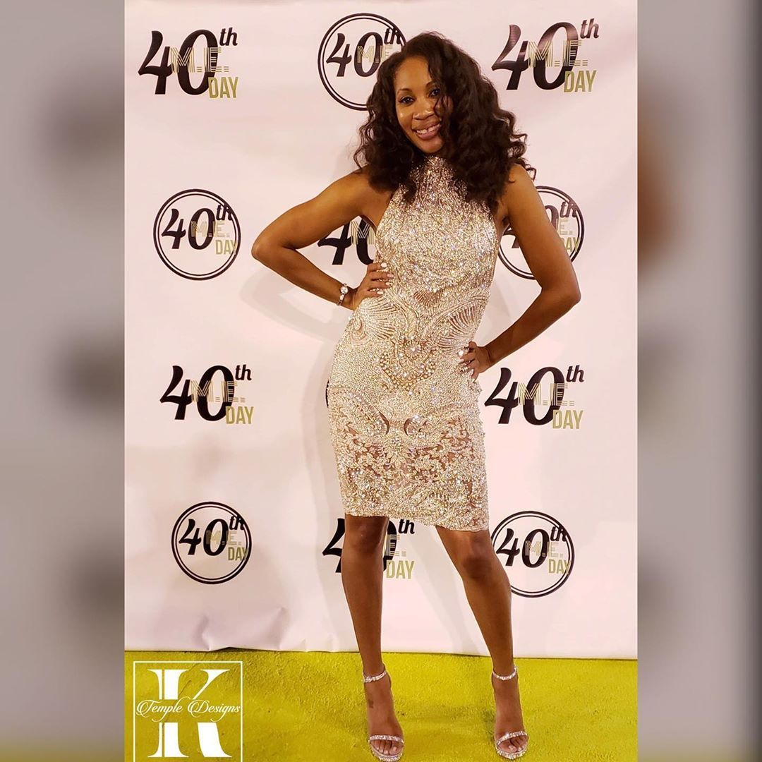 Happy birthday!!!! 40 where!!?Nicole you look beautiful!Thank you for shopping with me!! Shine on! 👑 • • •