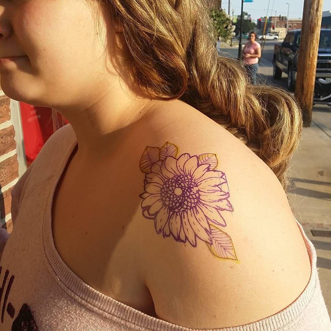Cool tattoo ideas girls shouldertattoo   tats  pinterest  more shoulder tattoo girl