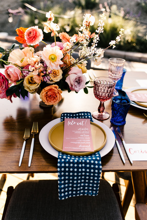 Colorful spring floral wedding in Southern California at Oakridge Farmhouse | Wedding & Party Ideas