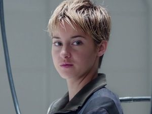 Shailene Woodley Short Hair Insurgent Google Search Divergent Quiz Divergent Trilogy Insurgent