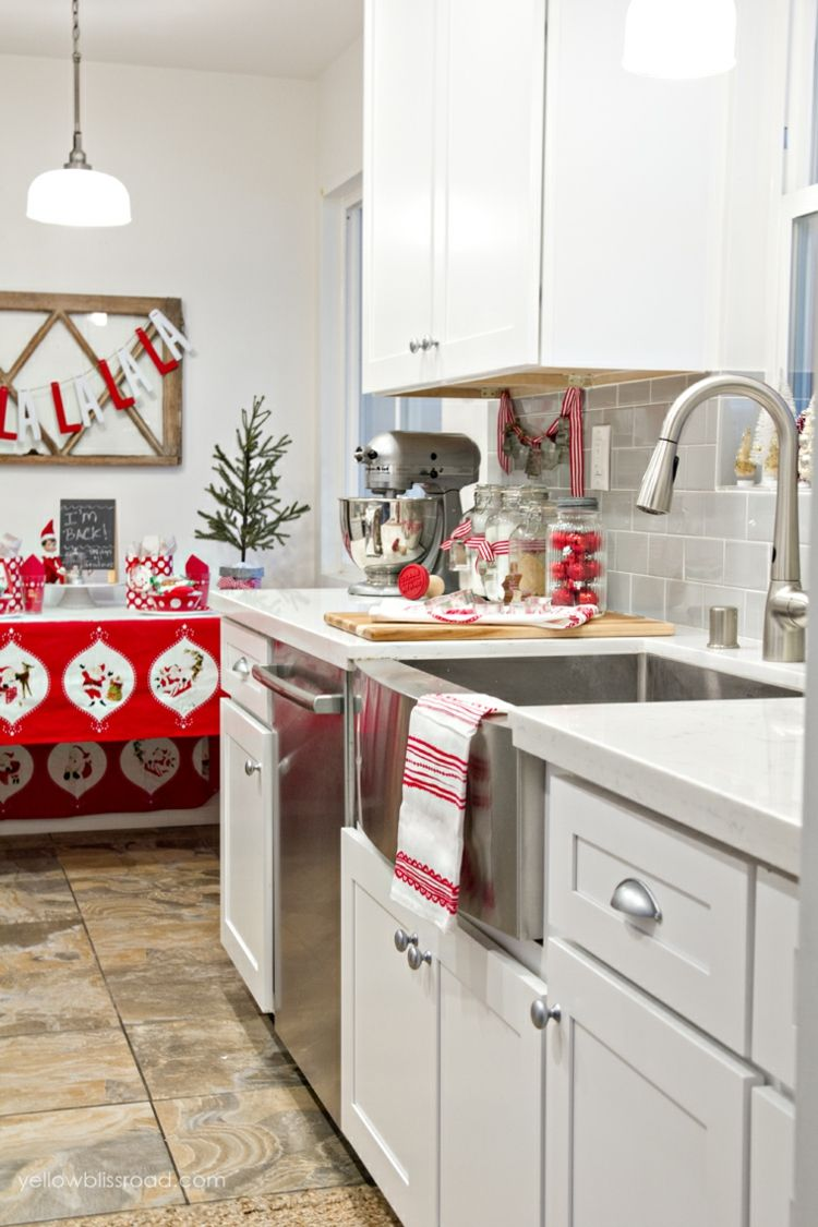 weihnachtlich Küche dekorieren textilien rot weiß geschirrtuch idee ...
