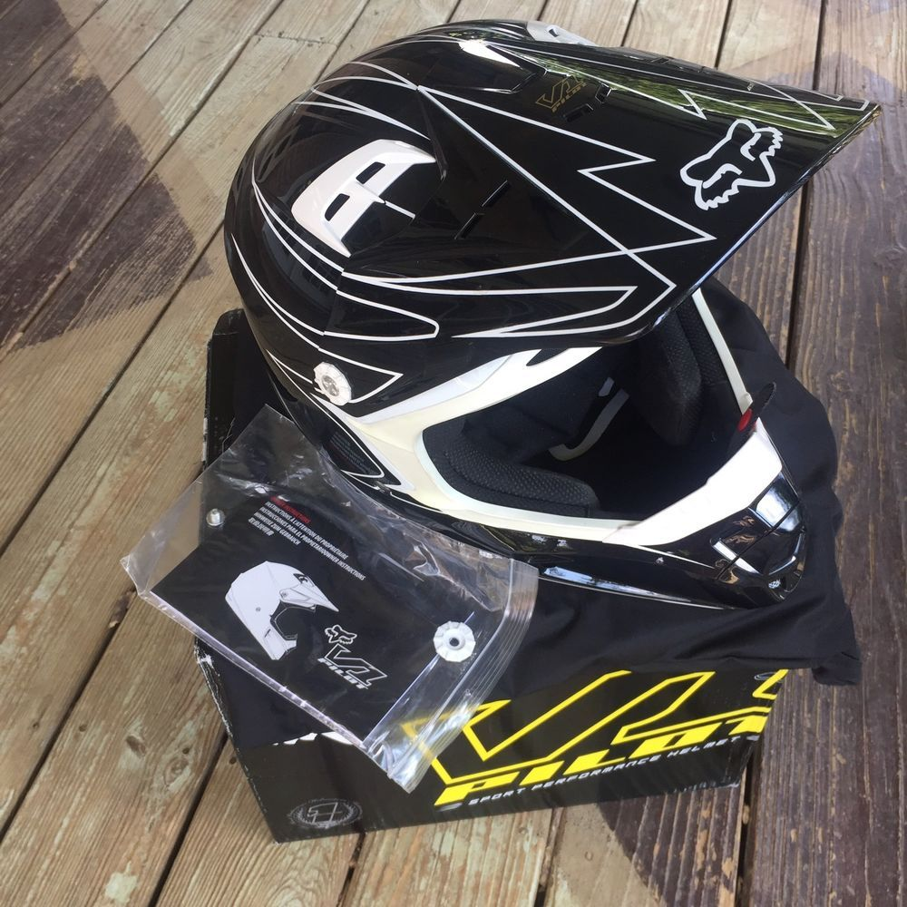 64491e63c71b Fox Racing V1 Whitewall Pilot Helmet Black Snell DOT Sz L 59-60 cm 7 ...