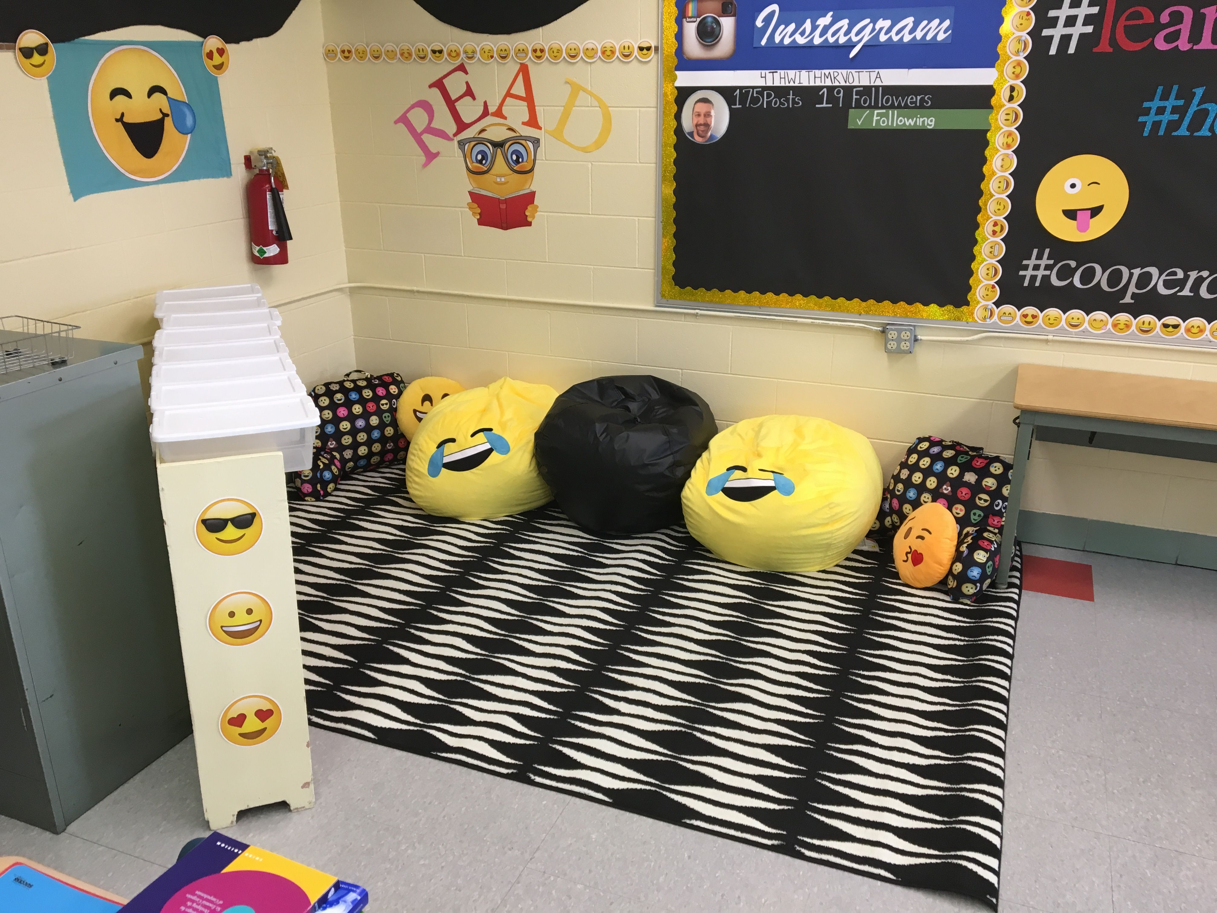 Yellow Classroom Decor : Pin by andrea wright votta on classroom decor pinterest