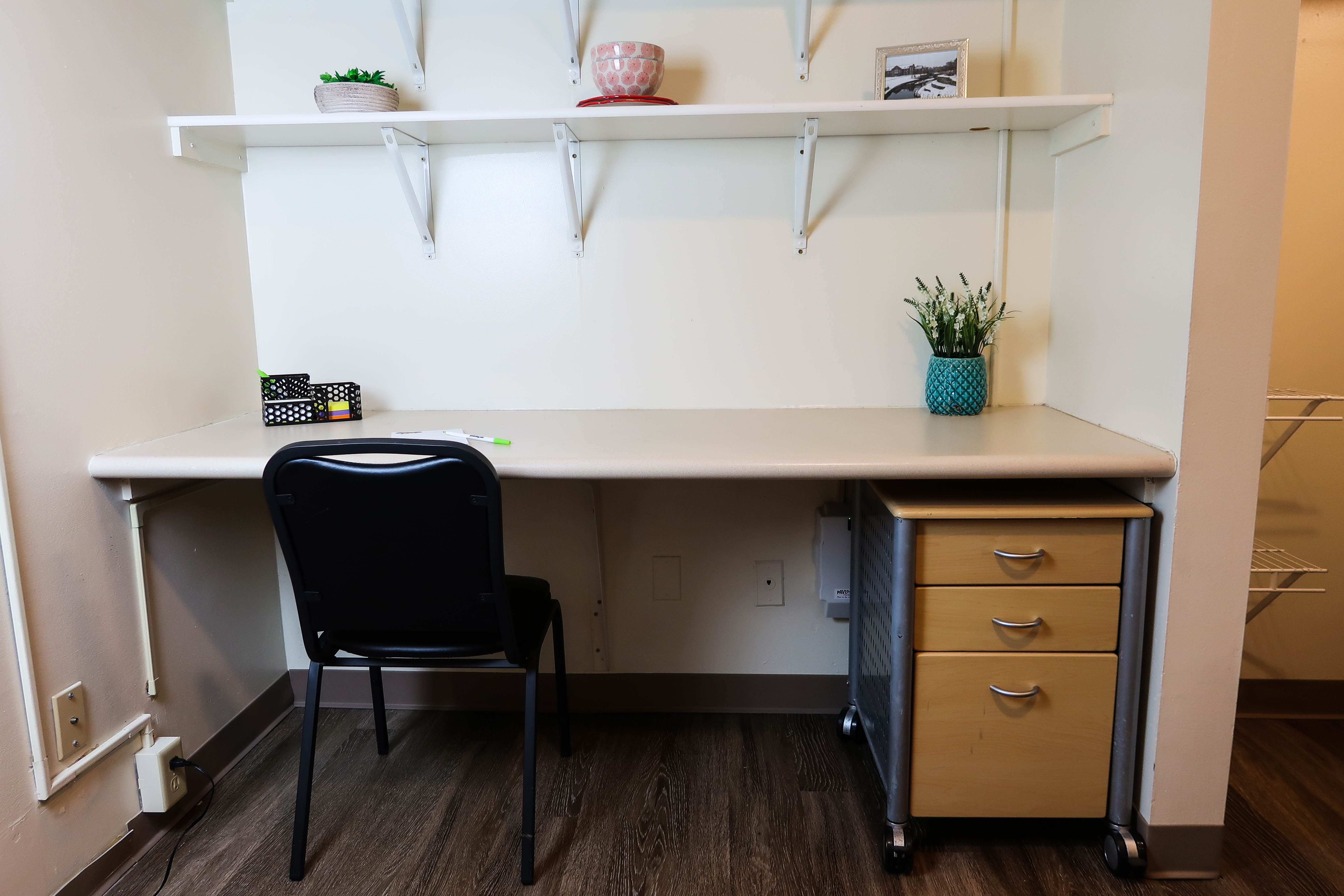 These Studio Apartments Are Located Just Blocks Away From The Main Quad At The University Of Illinois Urbana Champa Apartment Studio Apartment Urbana Champaign