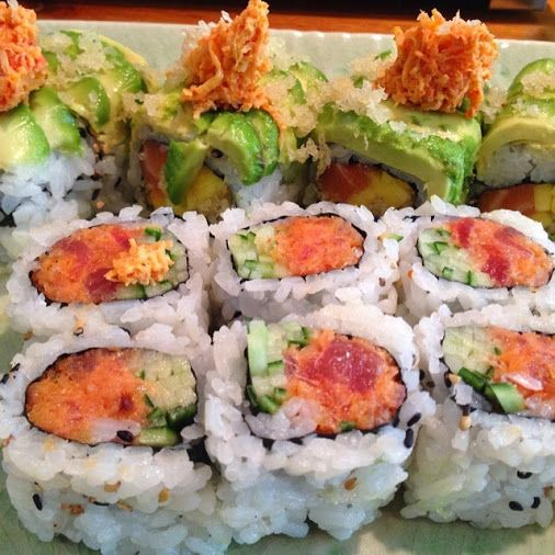 It's Sunday and all we want is sushi in our bellies!