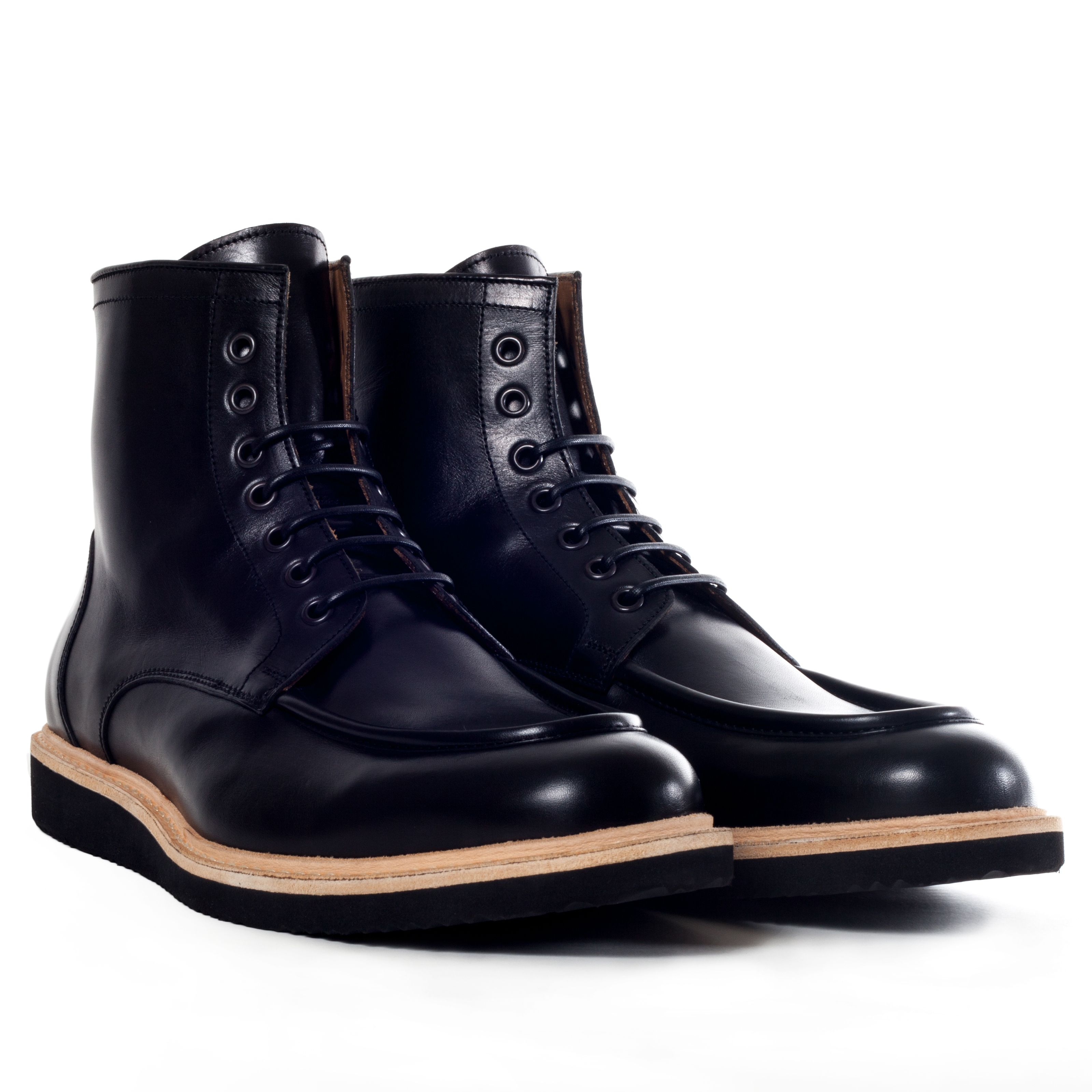WORK BOOTS WITH LIGHT WEIGHT WEDGE SOLE