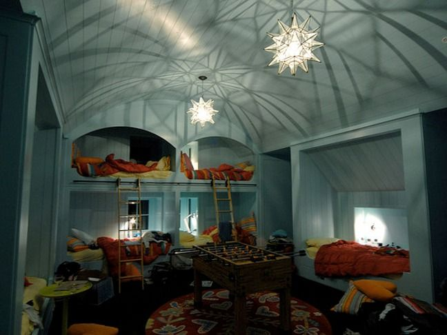 THIS ROOM IS SO COOL