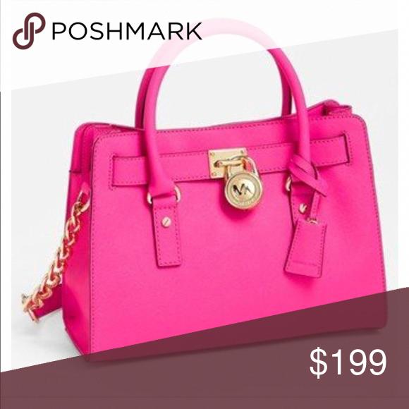 Spotted while shopping on Poshmark  💖Like New MK Hamilton bag!  poshmark   fashion  shopping  style  Michael Kors  Handbags  Handbagsmichaelkors 2582a2b213