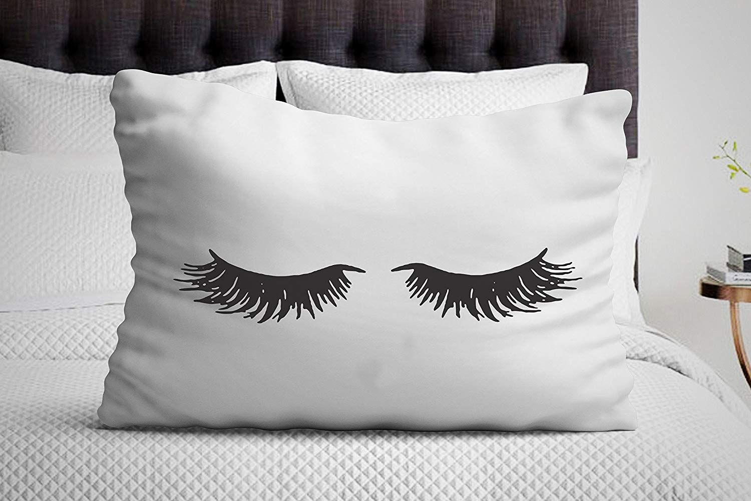 Amazon Com Signatives Eyelash Pillow Case Set Girlfriend Gifts Sleeping Eyelashes Bedroom Decor Pillowcase For H Pillow Case Sets Pillow Cases Pillows