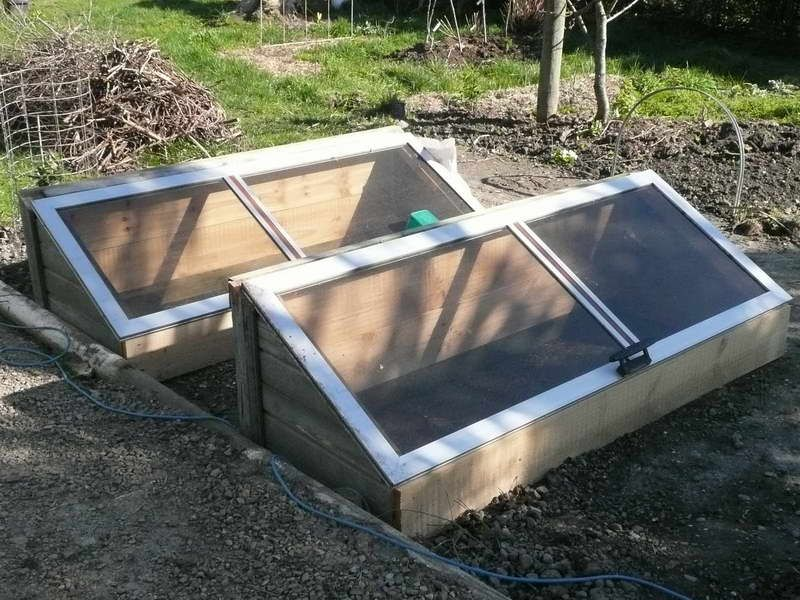 Fall Project: Build a Gardening Cold Frame | Cold frame, Mini ...