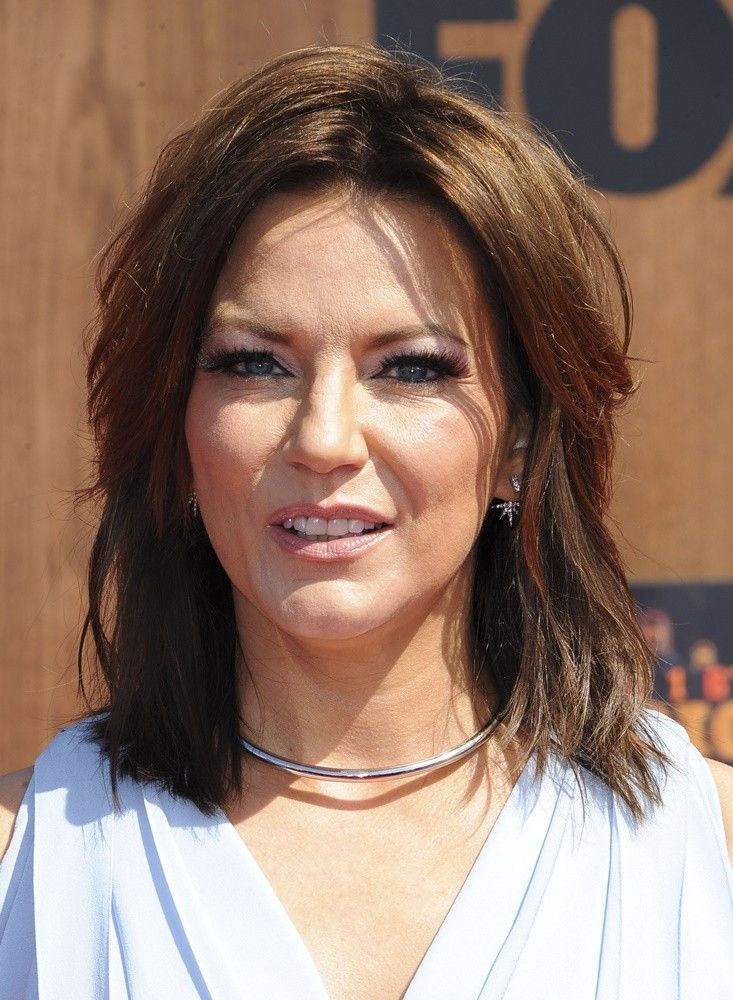 Image Result For Martina Mcbride Hairstyles Haircuts Pinterest