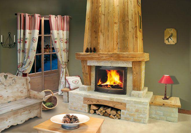 fireplace chalet chemin e chalet pierre de taille et vieux bois foyer jotul i 18 panorama. Black Bedroom Furniture Sets. Home Design Ideas