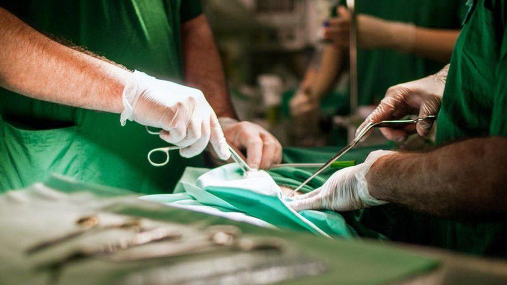 ¿Cómo se hace un trasplante de pene?bit.ly/1pGrTOe