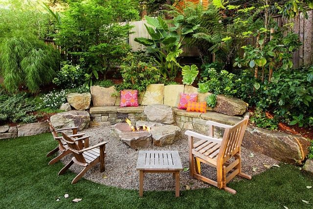 Garden Terrace Landscaping Fireplace Patio With Gravel Ground Vintage Wooden Chairs Garden Design Ideas Gartensitzplatz Sitzecken Garten Feuerstelle Garten