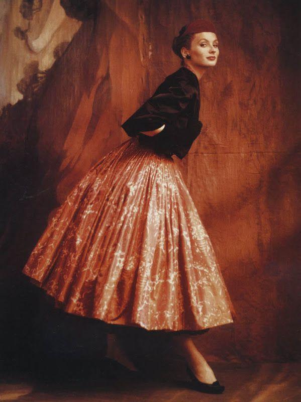 Suzy Parker, 1953. Photo: John Rawlings.
