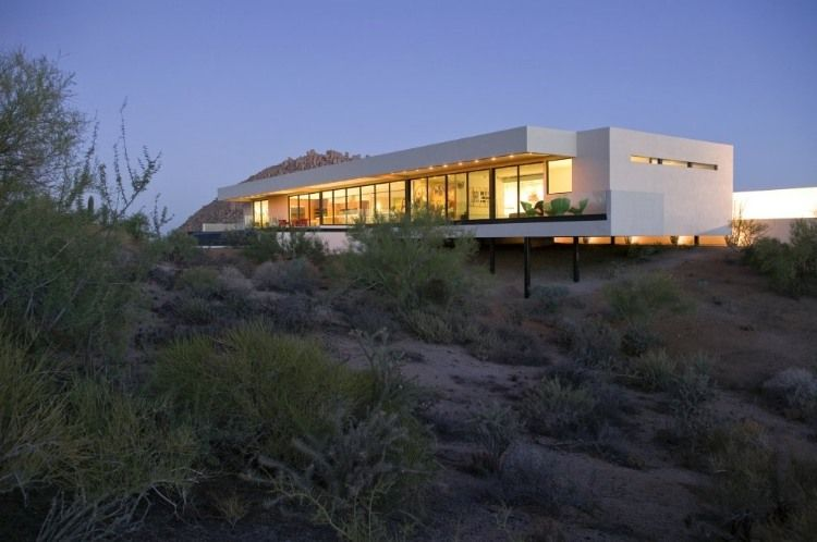 Awesome Bradley Residene By 180 Degrees Creative House House On Home Interior And Landscaping Analalmasignezvosmurscom