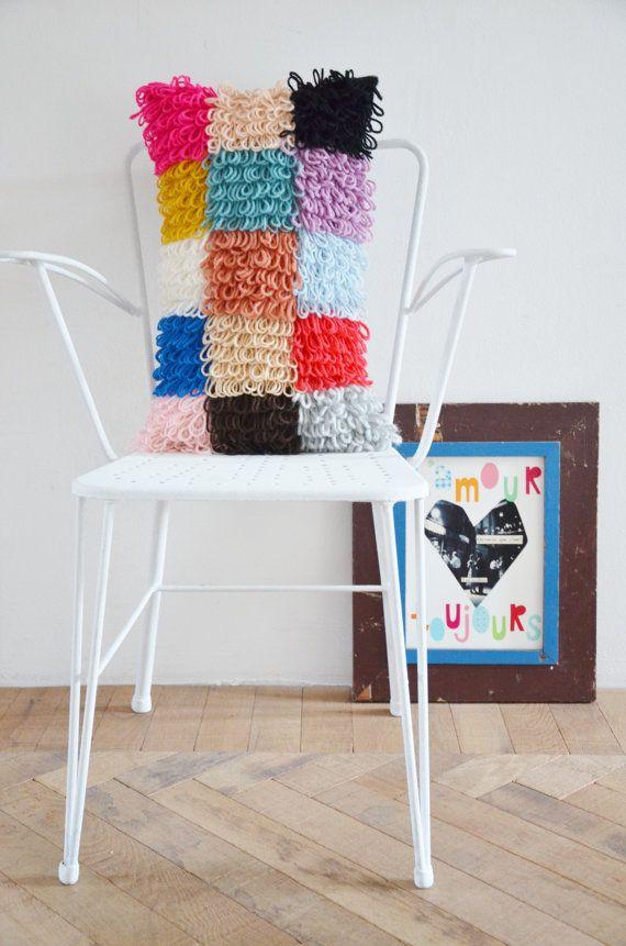 patrón de madera y almohada de lana patchwork por woodwoolstool ...