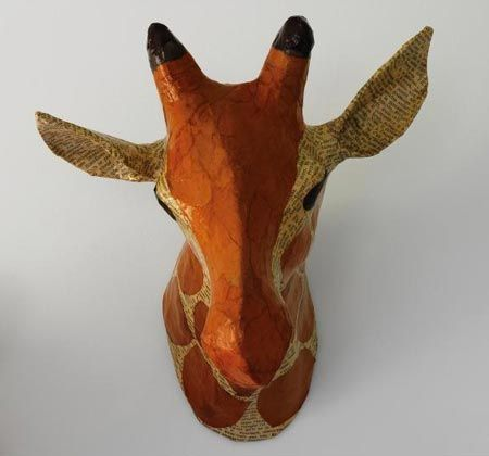 trophee animaux papier mache dwellstudio girafe chambre. Black Bedroom Furniture Sets. Home Design Ideas