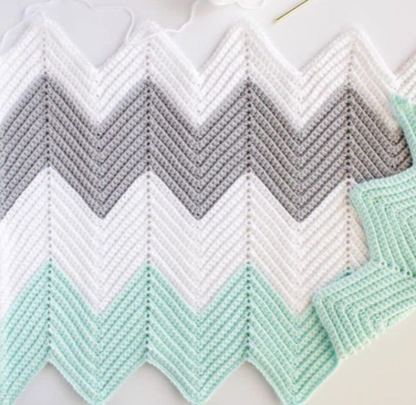crochet chevron blanket | knit and crochet ideas | Pinterest ...