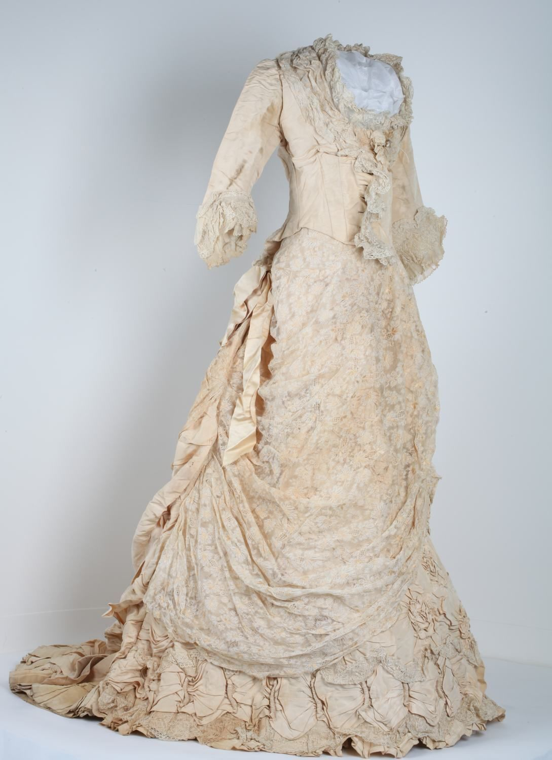 Wedding Dress 1880s Museums Victoria Historical dresses