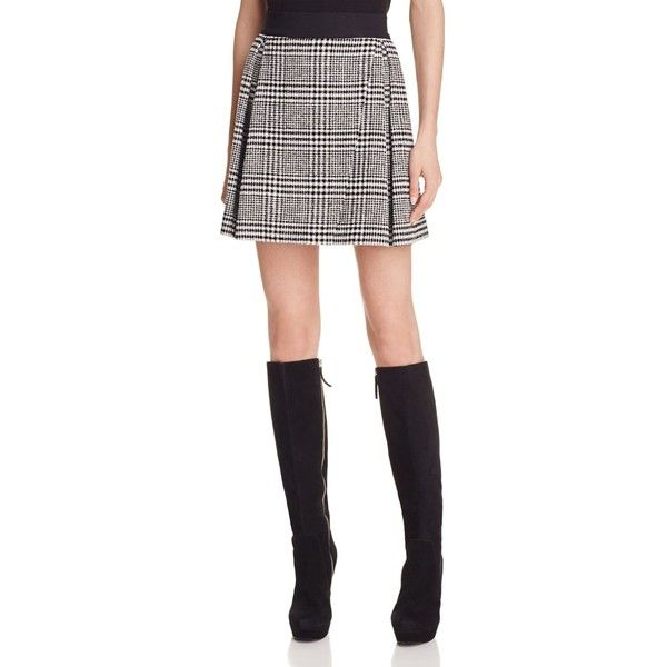 Alice + Olivia Cindie Glen Plaid Pleat Mini Skirt (£270) ❤ liked on Polyvore featuring skirts, mini skirts, patterned skirts, white pleated mini skirt, pleated skirt, white skirt and print mini skirt