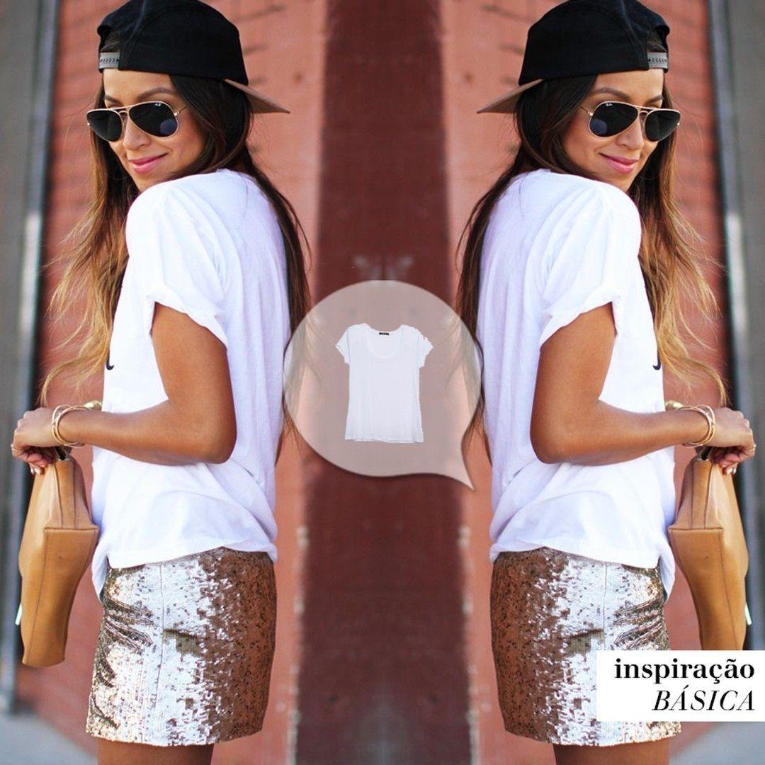 Fica o máximo combinar blusas basiquinhas com peças luxuosas. #básicoénãotermedodemisturar #hilo #inspiraçãobásica