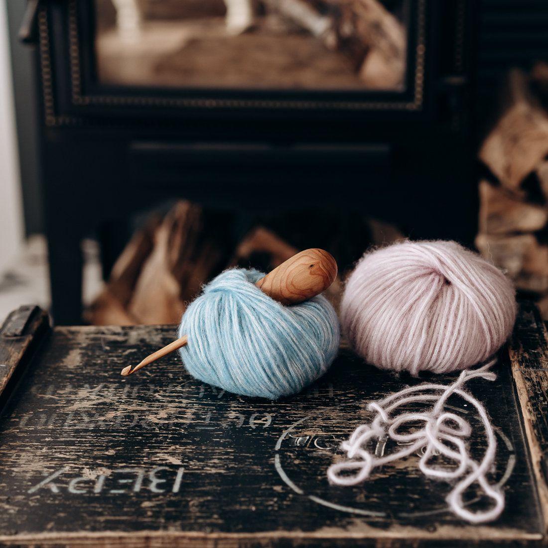 Rowan wood 1.6 mm. Steel crochet hook with wooden handle for crocheting
