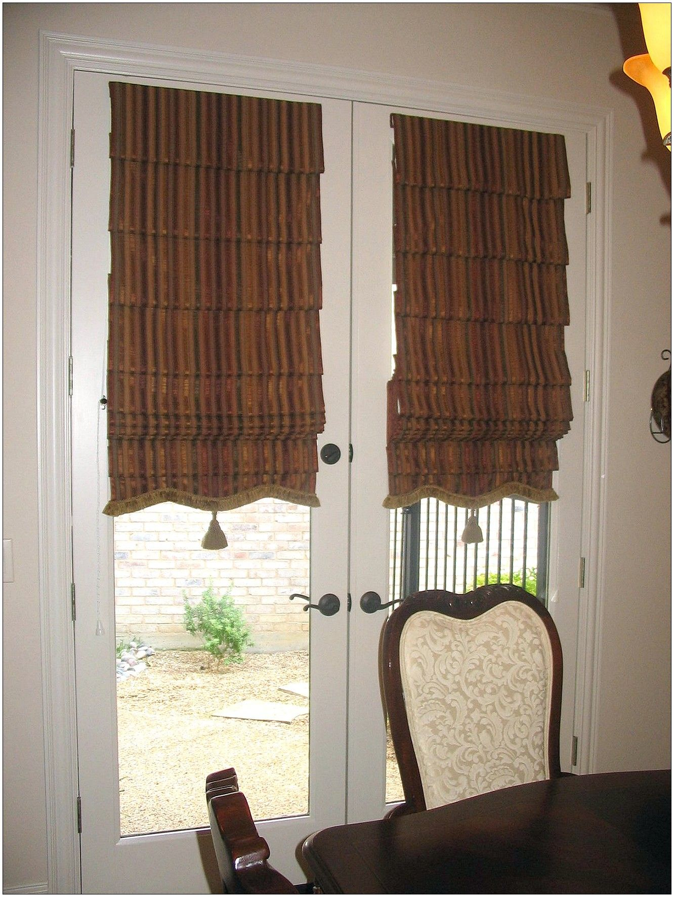 Interior Traditional Brown Striped Patterned Fabric Roller