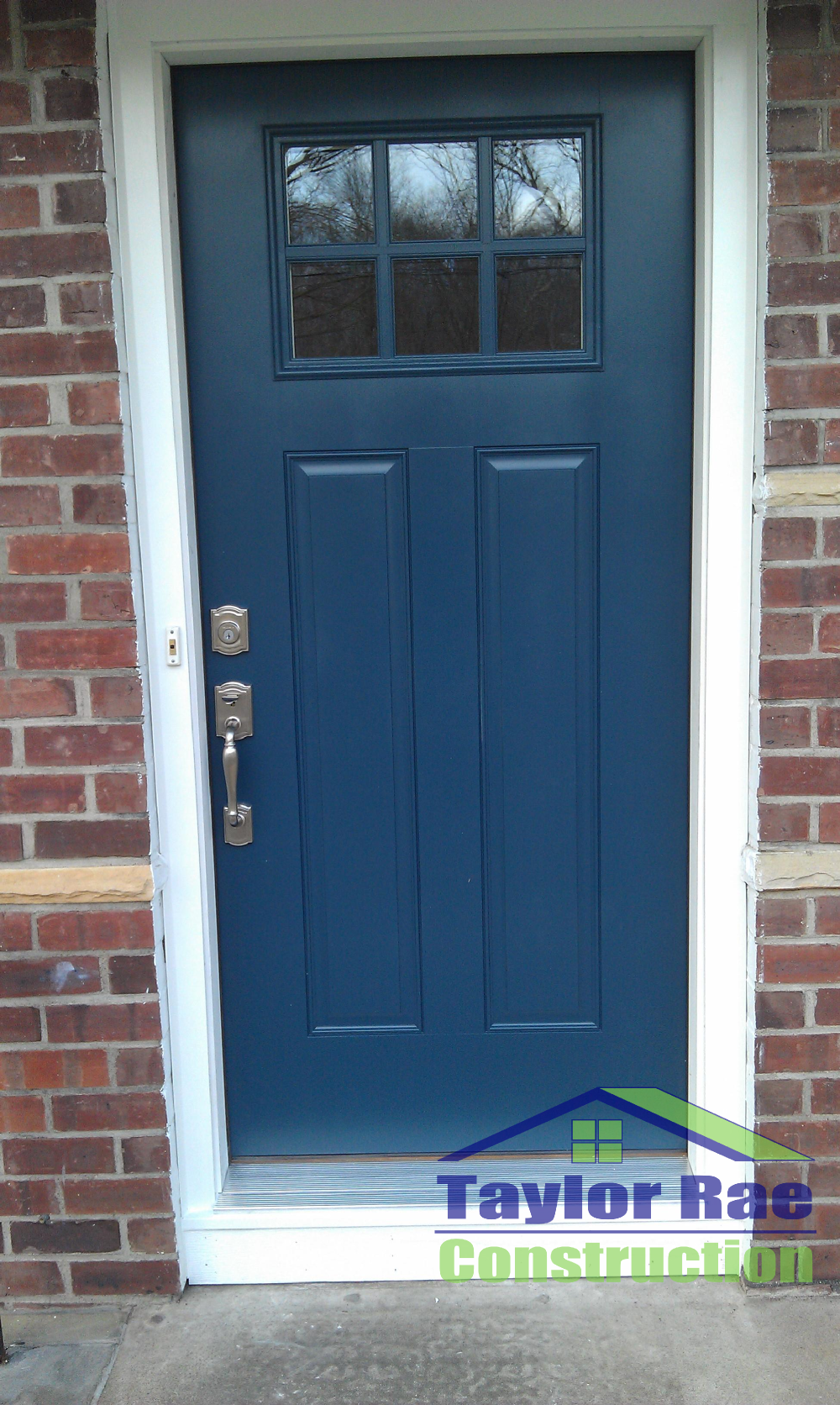 Decorating fiberglass entry doors Simple but effective update to curb appeal. Blue fiberglass entry ...
