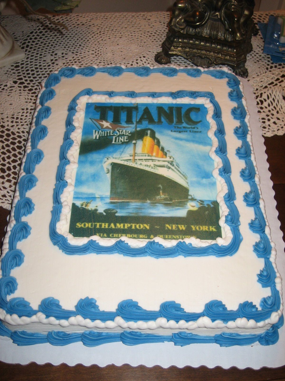 @Heather Arnett  Show Camden this cake!