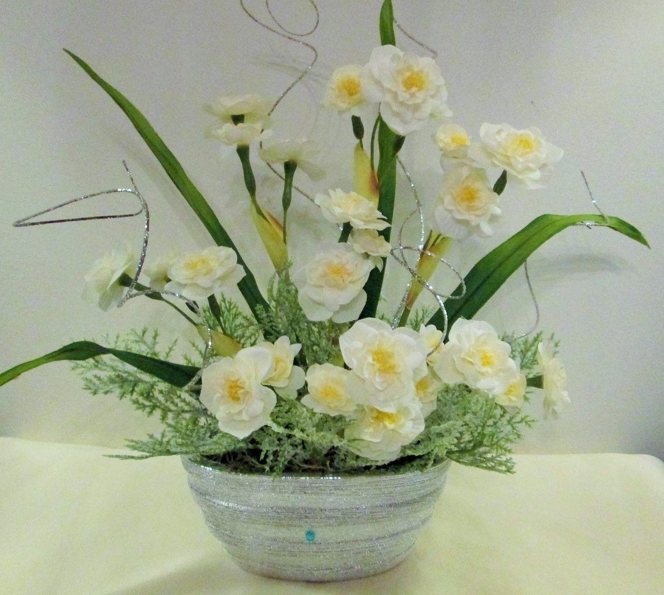 Silkmama Narcissus Floral Arrangement in Ceramic Planter