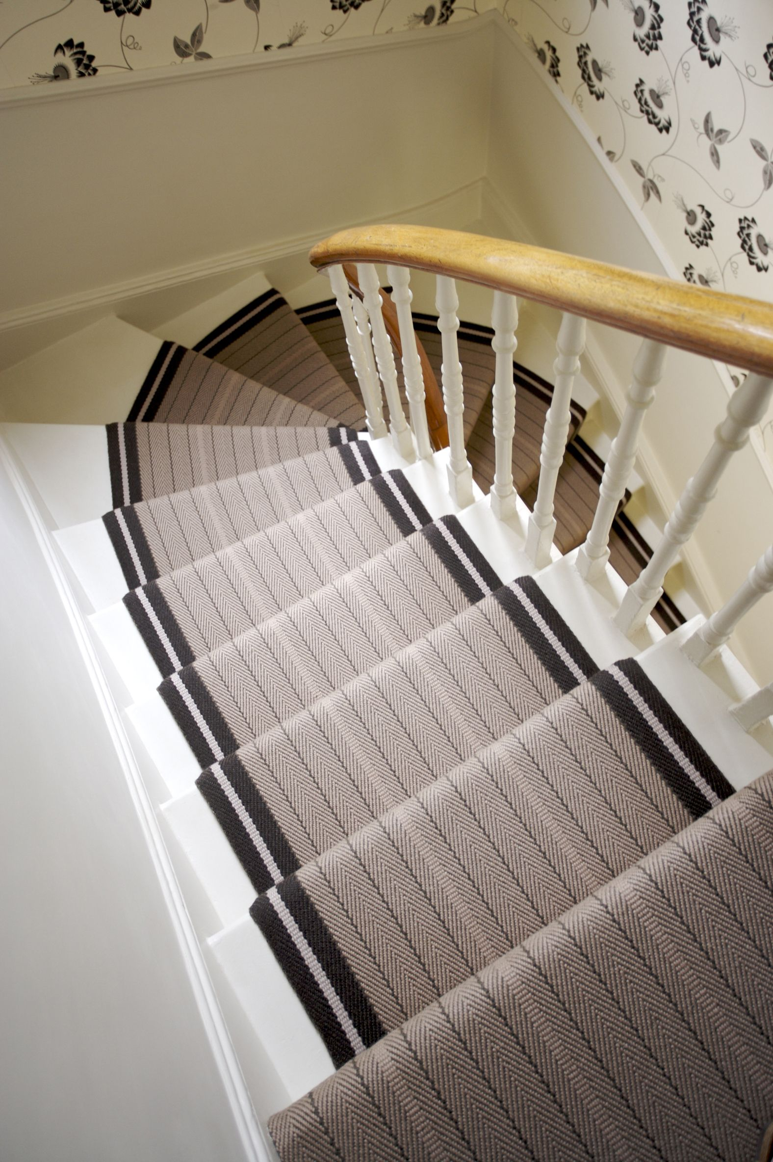 Best Make A Statement With Roger Oates Stair Runners Available 400 x 300