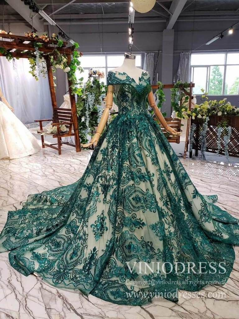 Vintage Emerald Green Lace Prom Dresses Debutante Dress With Long Train Fd1878 Long Sleeve Quinceanera Dresses Ball Gowns Prom Dresses [ 1024 x 768 Pixel ]