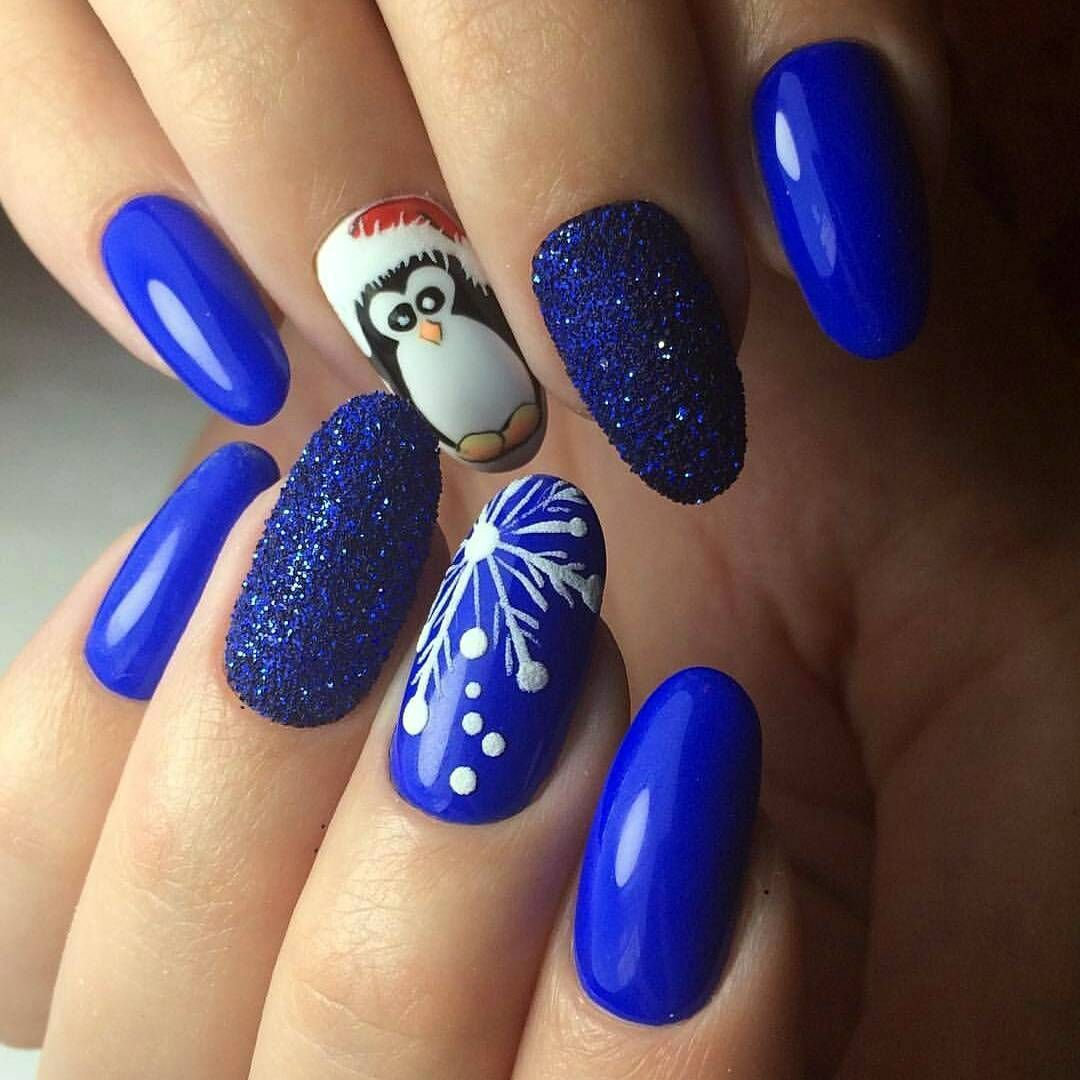 Cool 35 Striking Ideas For Christmas Nails Design All Glamour For