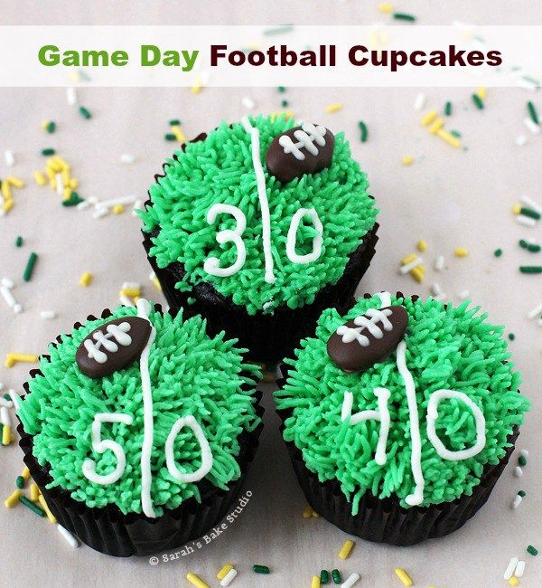 Game Day Football Cupcakes Video Tutorial Football Cupcakes