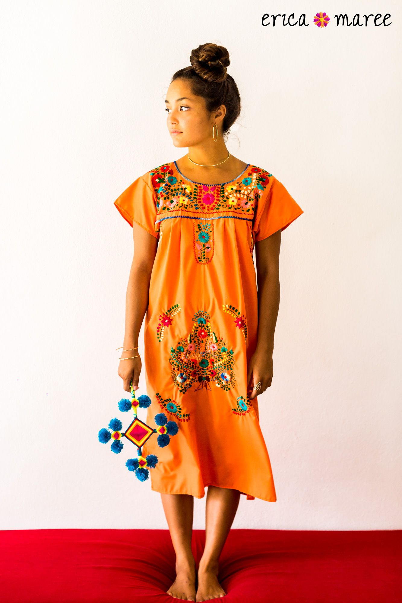 Interesting dresses with your own hands