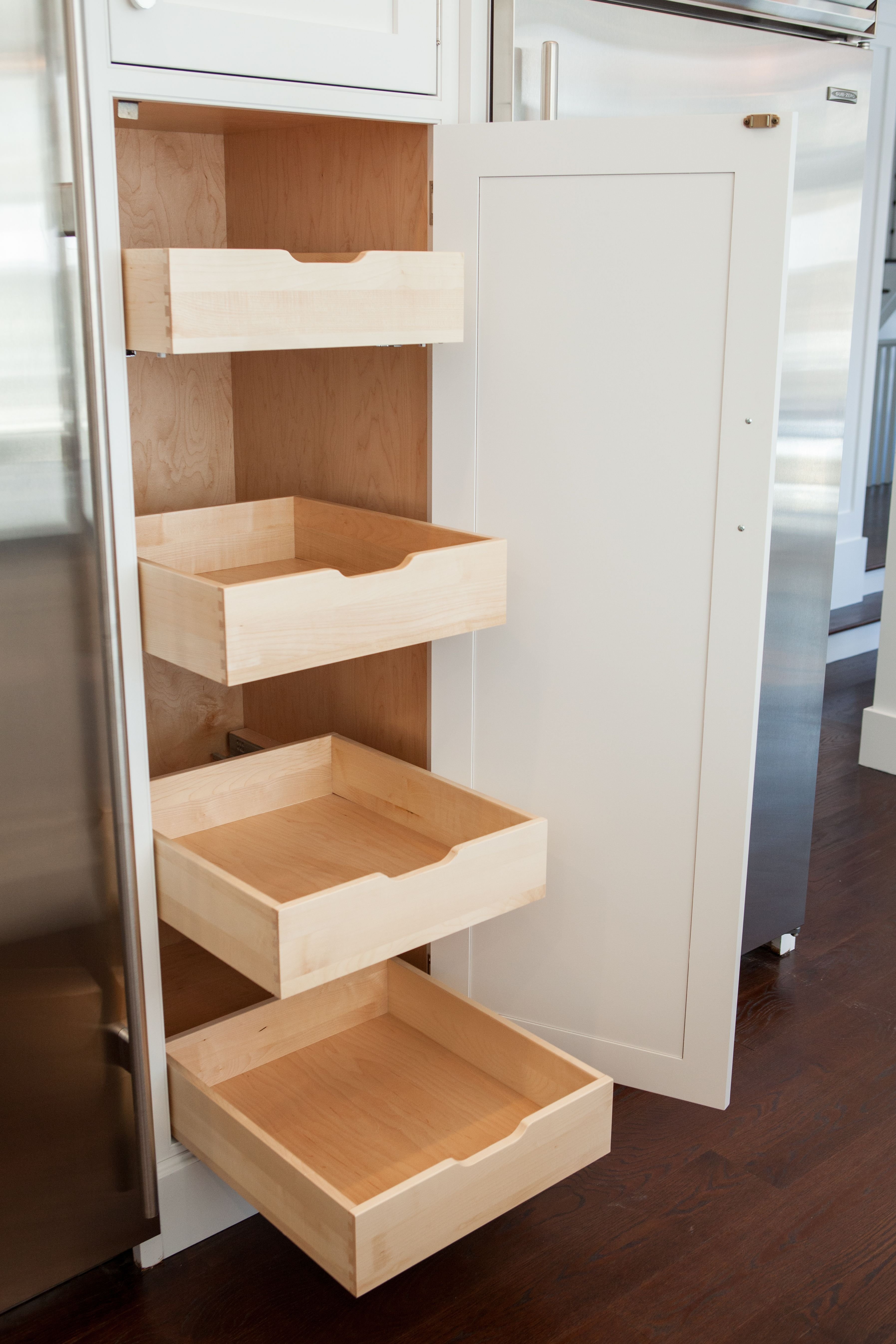 Pullouts in pantry cabinet decoracion pinterest pantry