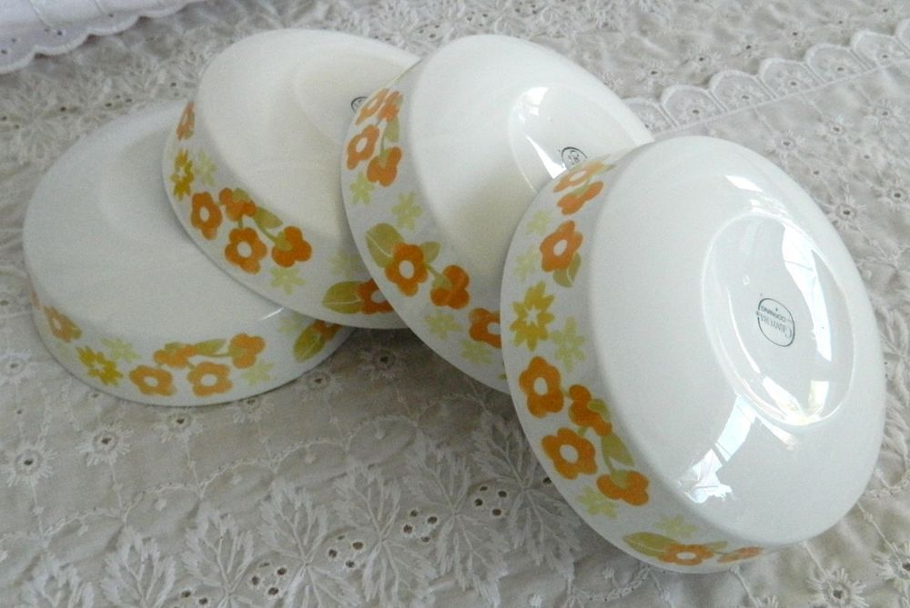 4 VTG Corning Centura Summerhill Coupe Cereal Soup Bowls Orange Yellow Flowers #Corning