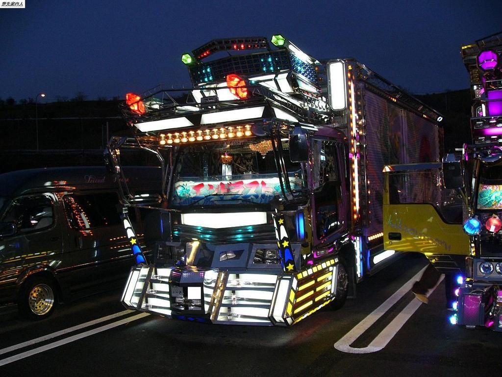 デコトラ Dekotora, Japanese Custom Truck