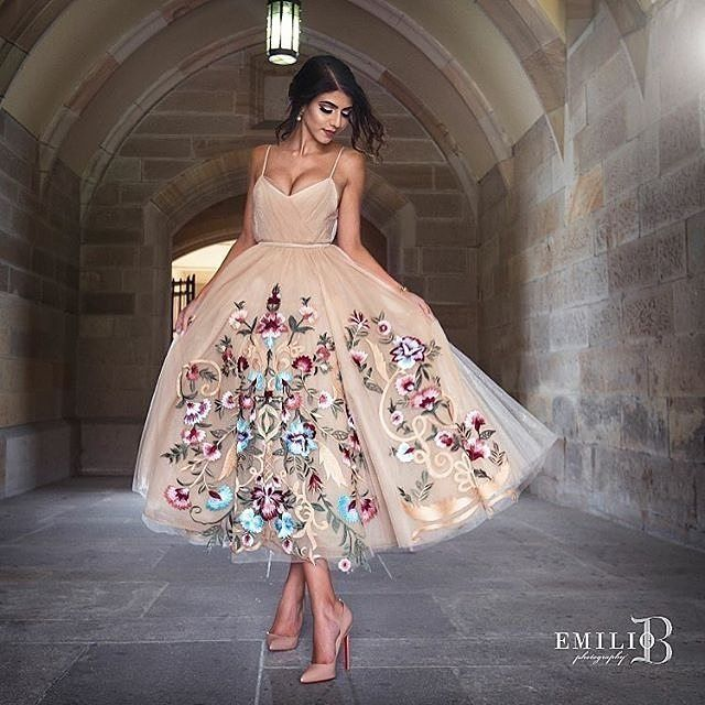 Yes to this dress for us! Tag a fashionista who would agree. Photo by @emiliobphotography   Gown @iamyulita   Hair @natalieannehair @dodiejayhair   Makeup @samanthachidiac   Florals & Styling @dinakheirfloristeventstylist   #emiliobphotography #engagement